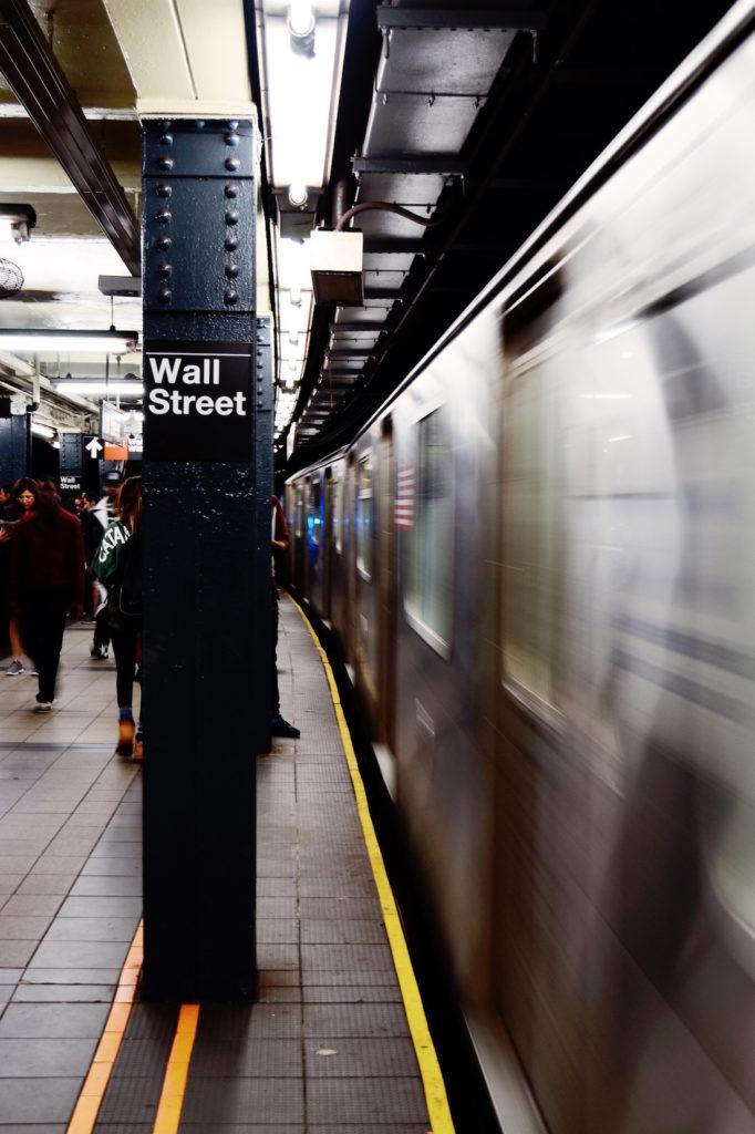 Wall_Street_subway_martin-ceralde