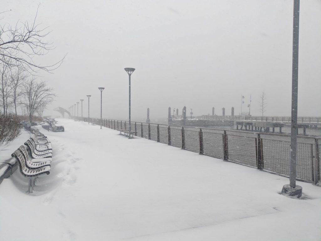 jour de tempête de neige à NYC en pleine saison hivernale - Retrouvez nos conseils sur le blog de New York Off Road, visites guidées en français de la Grosse Pomme